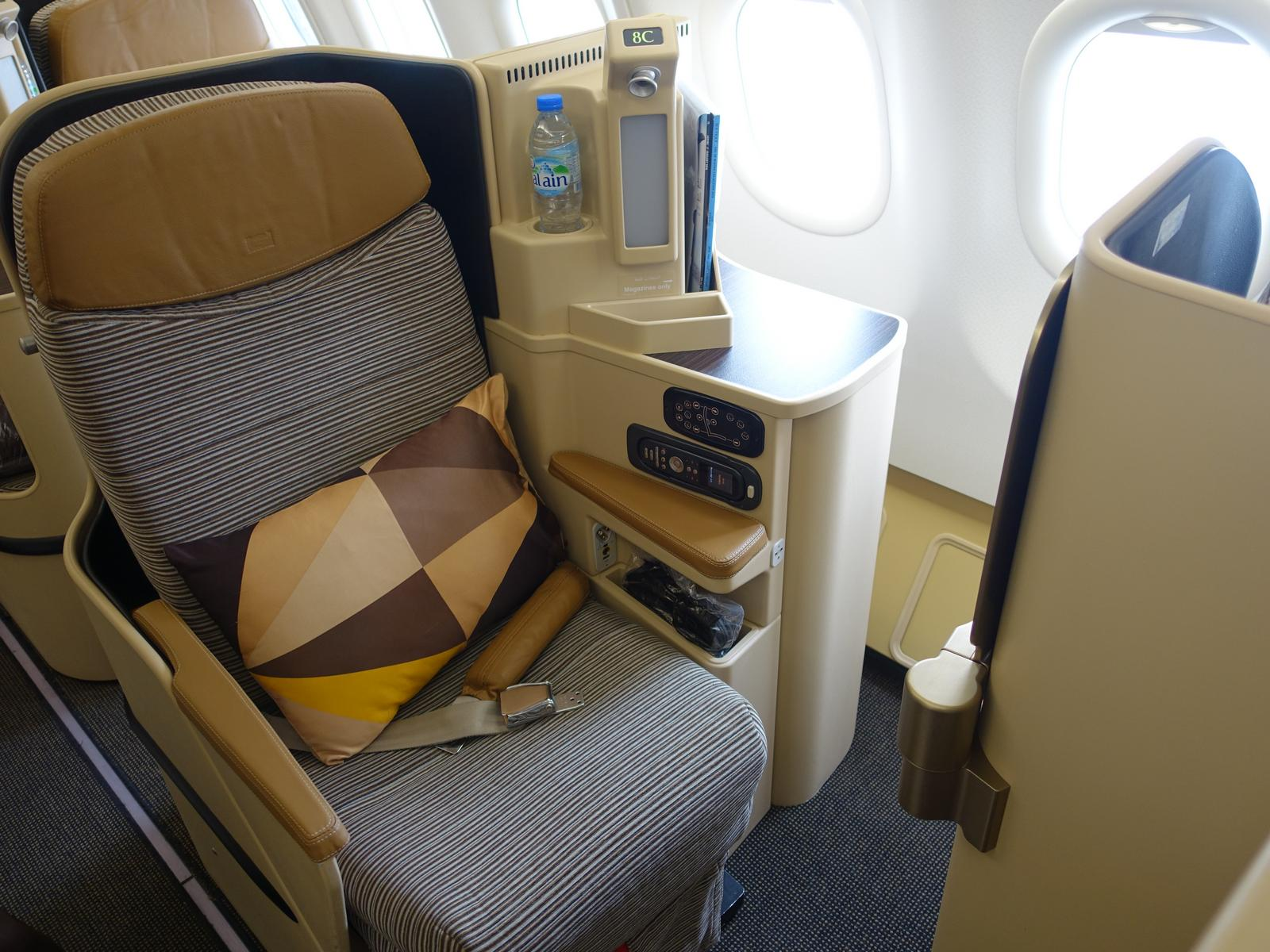 Review Etihad Business Class Abu Dhabi To Male Topmiles