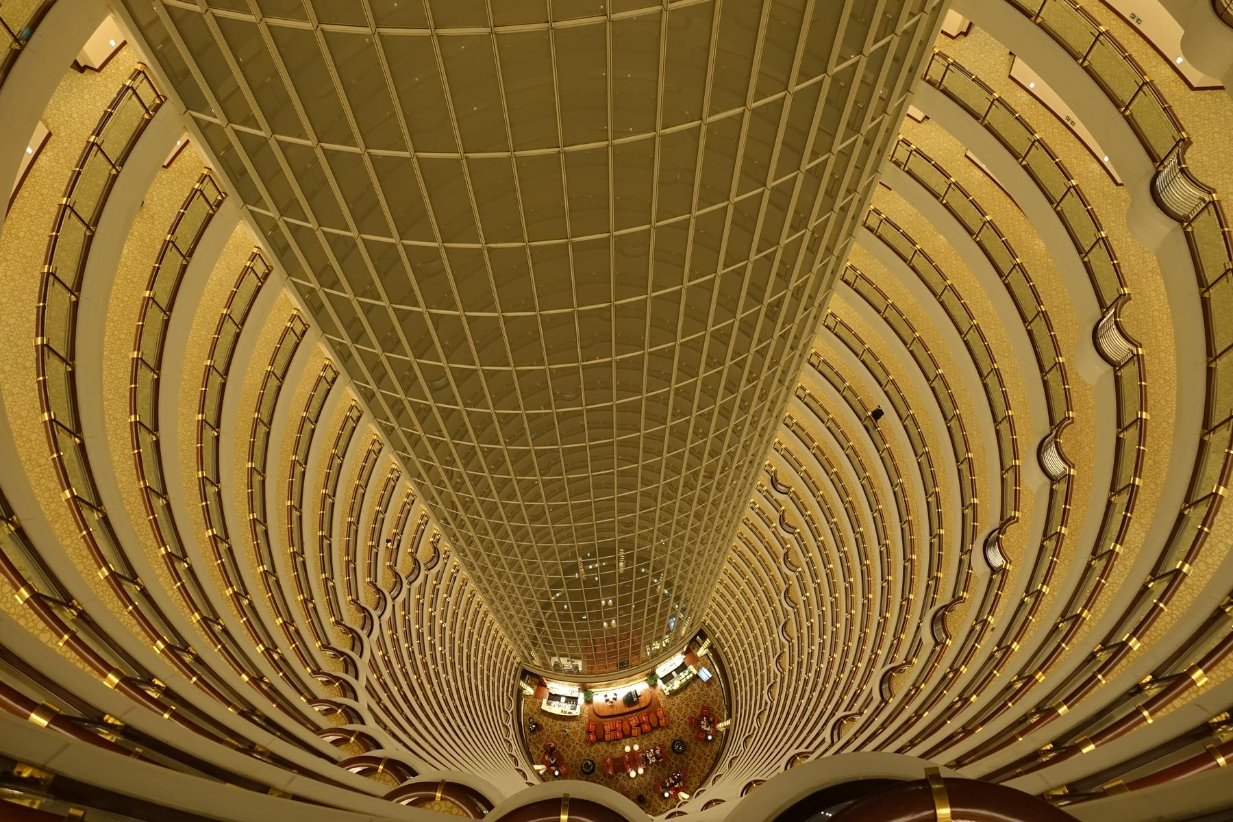 Review Grand Hyatt Shanghai Worlds Third Tallest Hotel